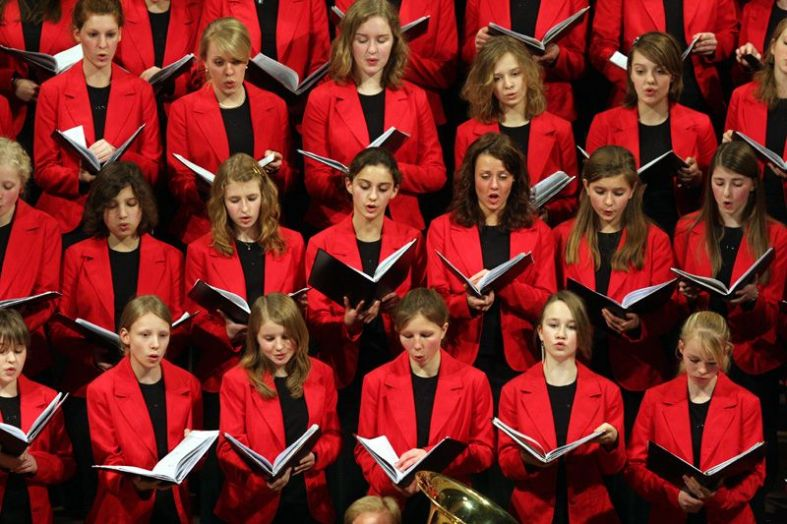<strong>M&auml;dchenchor Hannover</strong><br />50 ragazze per noi, in concerto